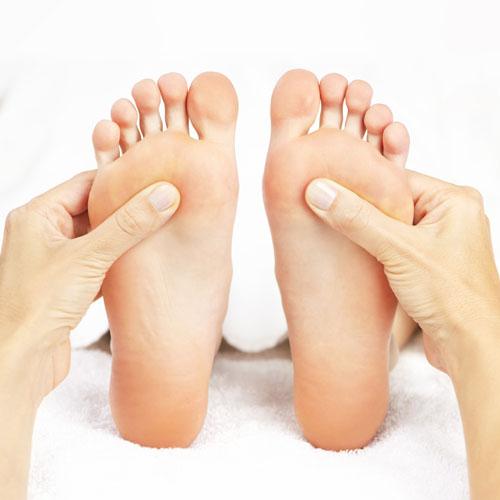 RLS Behandlung von Füßen